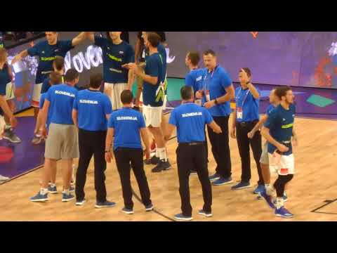 Slovenia players introduction before the final game with Serbia, Istanbul 2017