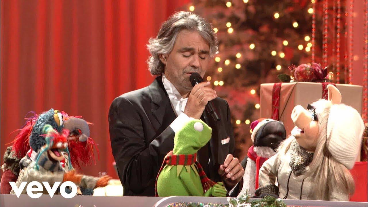 Andrea Bocelli i Muppety na święta