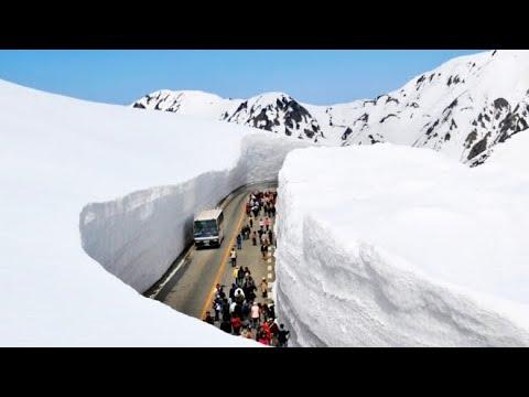 Top 10 Beautiful Tourist Places to Visit in MANALI, Himachal Pradesh