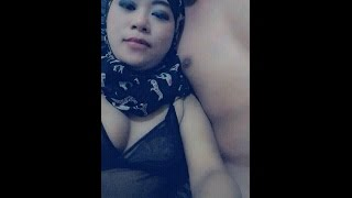 Download Video Aksi PANAAASS.. Tante Berjilbab MP3 3GP MP4