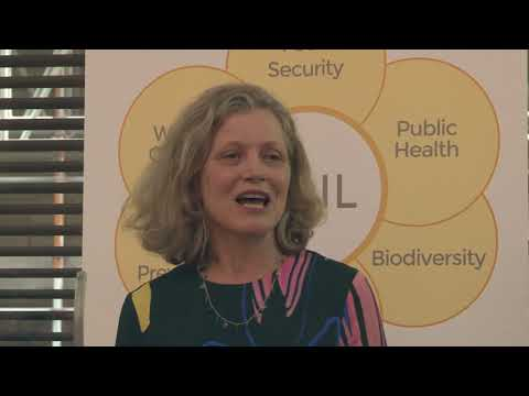 emma-howard-boyd,-environment-agency-chair,-at-the-ssa's-economics-of-soil-event