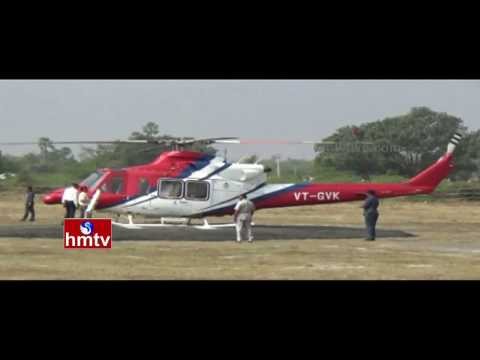 CM KCR Reaches Wardhannapet in Helicopter to Pay Tribute to Errabelli's Mother | HMTV