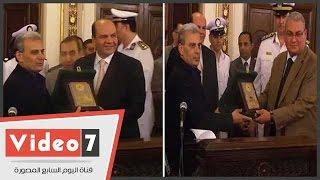 جامعة القاهرة تكرم اللواء أحمد حجازى مدير أمن الجيزة ووزارة الداخلية