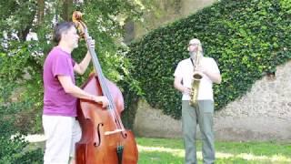 Perdido (by J.Tizol)  Saxophone / Contrabass duo