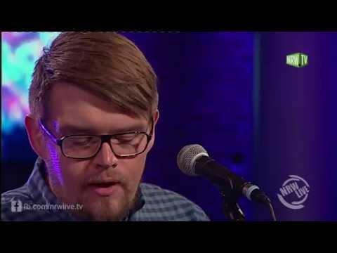 """Von Brücken mit """"Dann sammle ich Steine"""" in der NRW Late Night"""