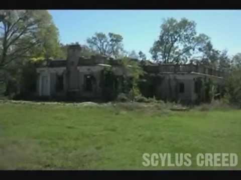 Scylus Creed - Bartlett Mansion Photoshoot