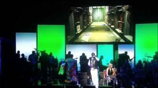 Gorillaz - All Alone (Demon Days Live)