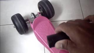 Motor elétrico em patinete infantil