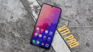 Vivo V11 Pro Review: In Display Fingerprint Sensor!