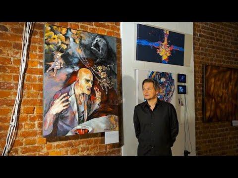 A Bowl Of Red Soup - Kirill AKULINICHEV / Dezhenin gallery