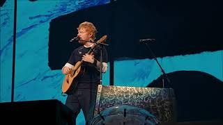 Ed Sheeran - Lego House/Kiss Me/Give Me Love medley @ Cape Town Stadium, 27/03/19