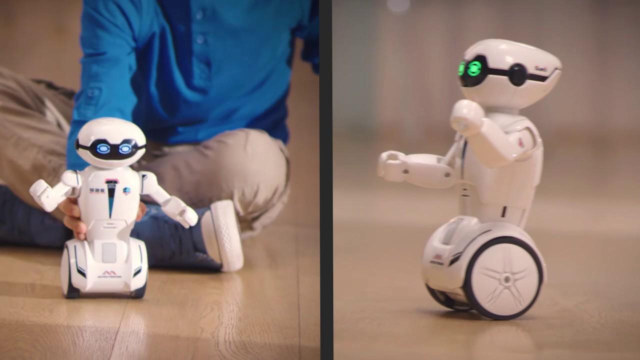 Silverlit Macrobot robot - YouTube
