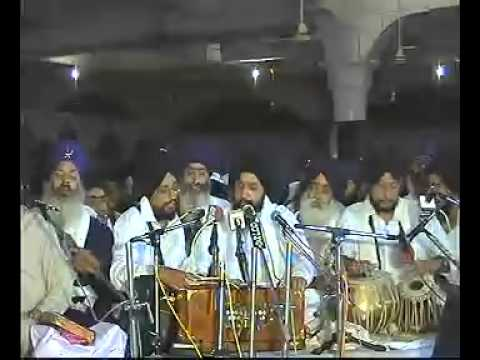 Bhai Apardeep Singh Ji -Delhi Raensabayee 2006-Part2-www.sikhbytes.co.nr