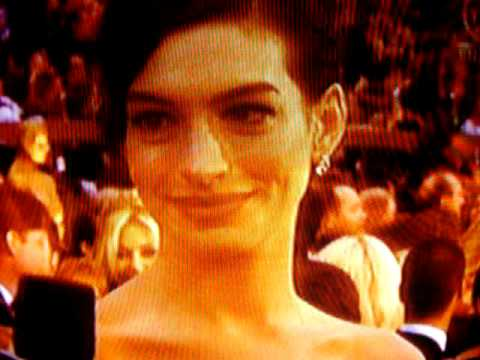 Anne Hathaway / Pre-Show / 81st Academy Awards 09