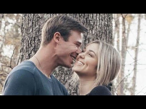 'Duck Dynasty' Star Sadie Robertson Engaged to Christian Huff: 'I Screamed YES'