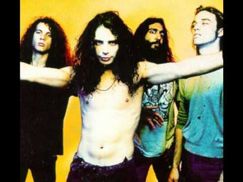 Soundgarden - Outshined (HQ)