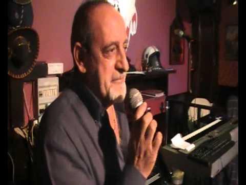 Karaoke Match 3 - Terza serata - Maurizio Porro canta Testardo
