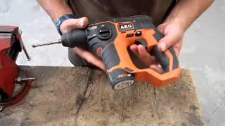 Présentation perforateur sans fil AEG BBH 12
