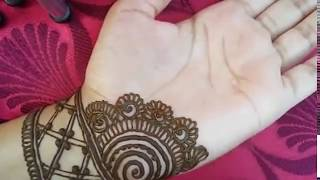 Latest beautiful,stylish and easy mehndi designs for front hands/Simple Henna designs 2018