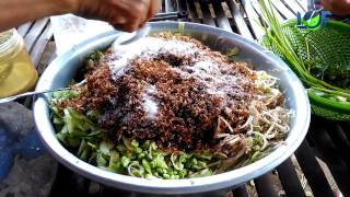 Country food, Harvesting Weaver Ant in Village to cooking food, Life of Natural Foods
