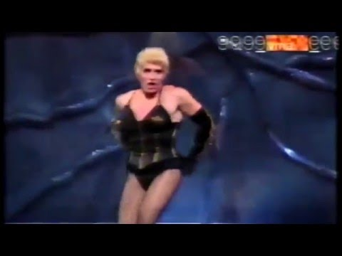 Madonna - Express Yourself - MTV Video Music Awards | Doovi