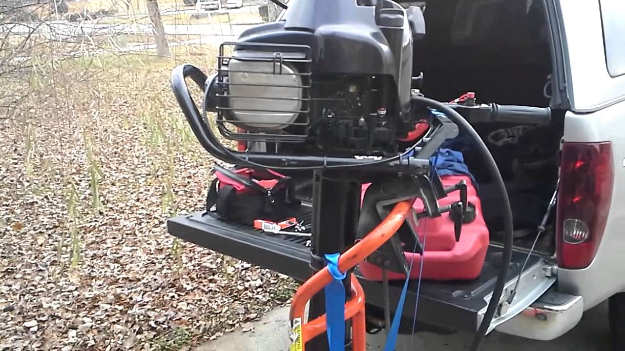 Briggs and stratton 5hp Boat Motor Oil Burning Smell
