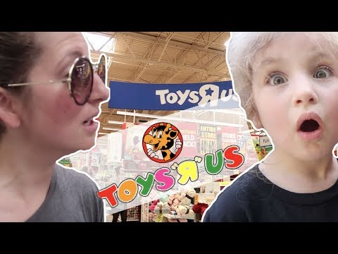 LAST TOY HUNT AT THE LAST TOYS R US | LIFE WITH JACKIE FAMILY VLOGS