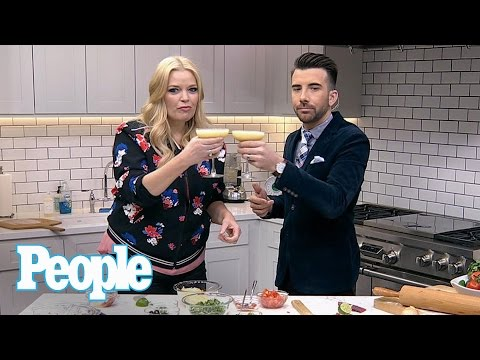 Baby Daddy: Melissa Peterman s Us How To Make A Delicious Mexican Pizza  People NOW  People