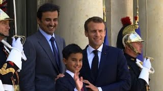 Emmanuel Macron reçoit l'émir du Qatar à l'Élysée