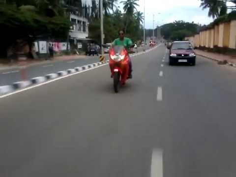 Hero Honda Karizma zmr at top speed (140 km\hr) *Modified 29.5 Bhp Engine