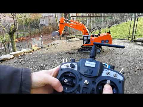 RC EXCAVATOR MINI HITACHI 1200 Radio Turnigy 9X AMAZING Model scale 1:8