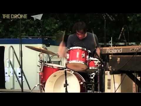 Oneida - (Live)