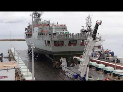 HMAS Stuart docking timelapse