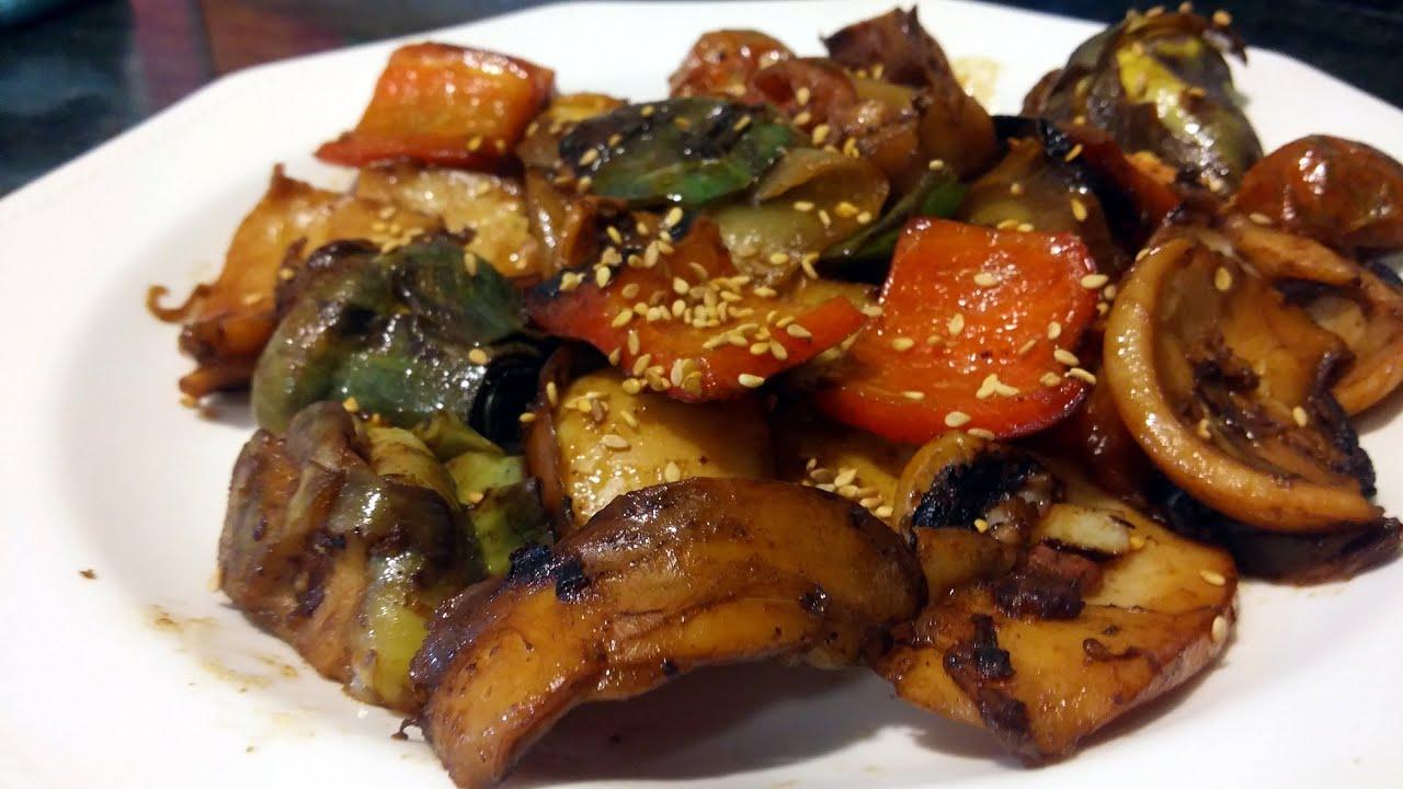 Cocinar calamares o sepias, con verduras, al estilo de Mariaje