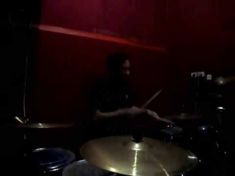 Sebuah Tawa dan Cerita - Titanium (DrumCover)