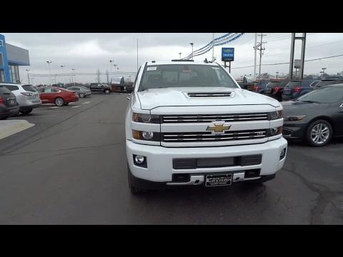Bobby Layman Chevrolet >> 2017 Chevrolet Silverado 2500HD Columbus, London, Springfield, Hilliard, Dublin, OH HF128615 ...