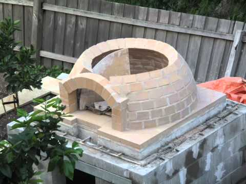 Building a wood-fired pizza Oven - Building A Wood-fired Pizza Oven - YouTube