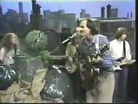 Classic Sesame Street - James Taylor sings to Oscar