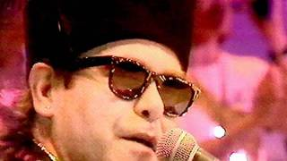 23. Wrap Her Up - Elton John Live in Madrid 3/1/1986