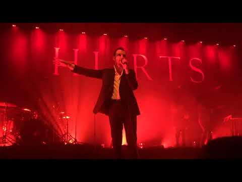 Hurts - Desire Intro. Ready to go. Desire...