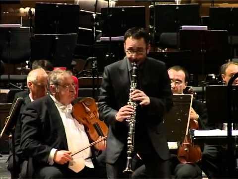 Mozart - Clarinet Concerto, K.622 (2/3)