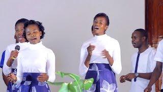 HARK VOICE MINISTERS PERFOMING (MWANAMKE) , CRATER SDA  CHURCH NAKURU FILMED BY CBS MEDIA