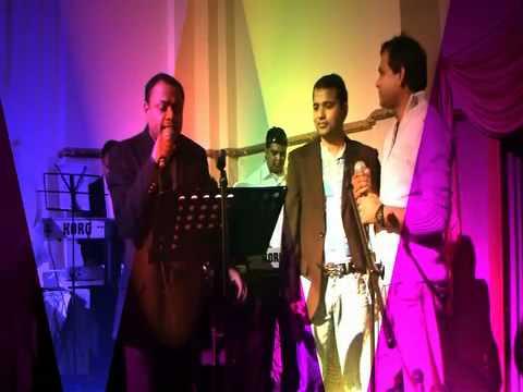 ALL IZZE WELL film 3 IDIOTS singers AVI . ALANKAR . AYA