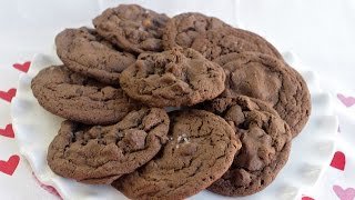 How To Make Caramel Salted Chocolate Cookies | Simply Bakings