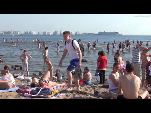 Парк 300-летия Санкт-Петербурга. Пляж Финский залив. Аквапарк Питерлэнд