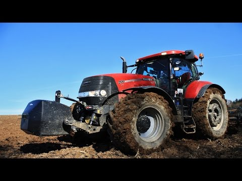 CASE IH + FENDT + NEW HOLLAND + JOHN DEERE - Tractors in Action