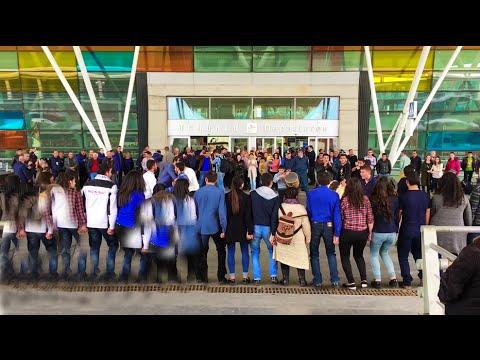 Armenian Dance Flashmob In Zvartnots Airport | Անակնկալ բարի ճանապարհ օդանավակայանում