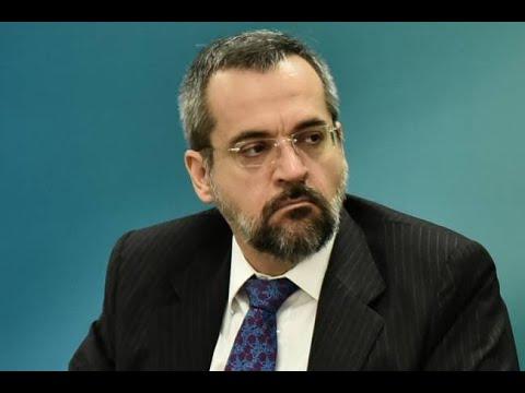 O que muda no MEC com a chegada do ministro Abraham Weintraub?