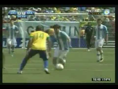 Hat Trick de Lionel Messi frente a Brasil