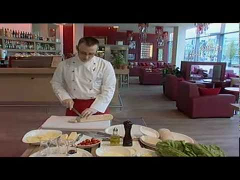 Virtuvės profesionalas pataria, kaip gaminti Cezario salotas